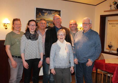 Der erweiterte Vorstand - es fehlen Eckerhard Aust (Beisitzer Material) und Karsten Hansen (stv. Schatzmeister)